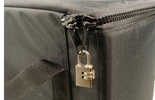 タブレットPC運搬用ソフトバッグ ダイヤル錠